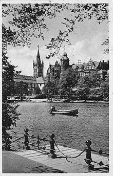 Королевский (Замковый) пруд: примыкал к замку с северо-востока